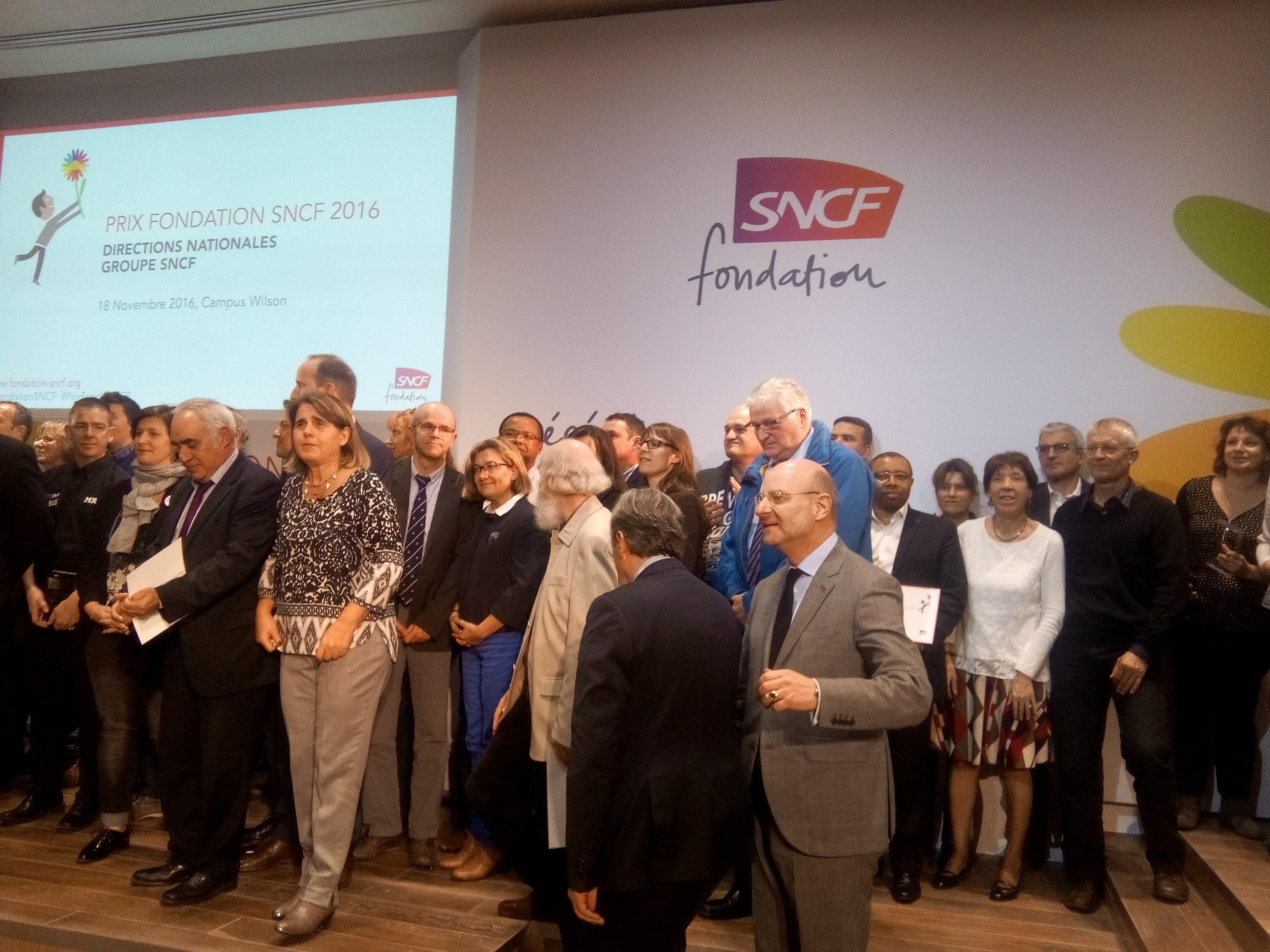 fondation-sncf-2016-11-remise-prix-2