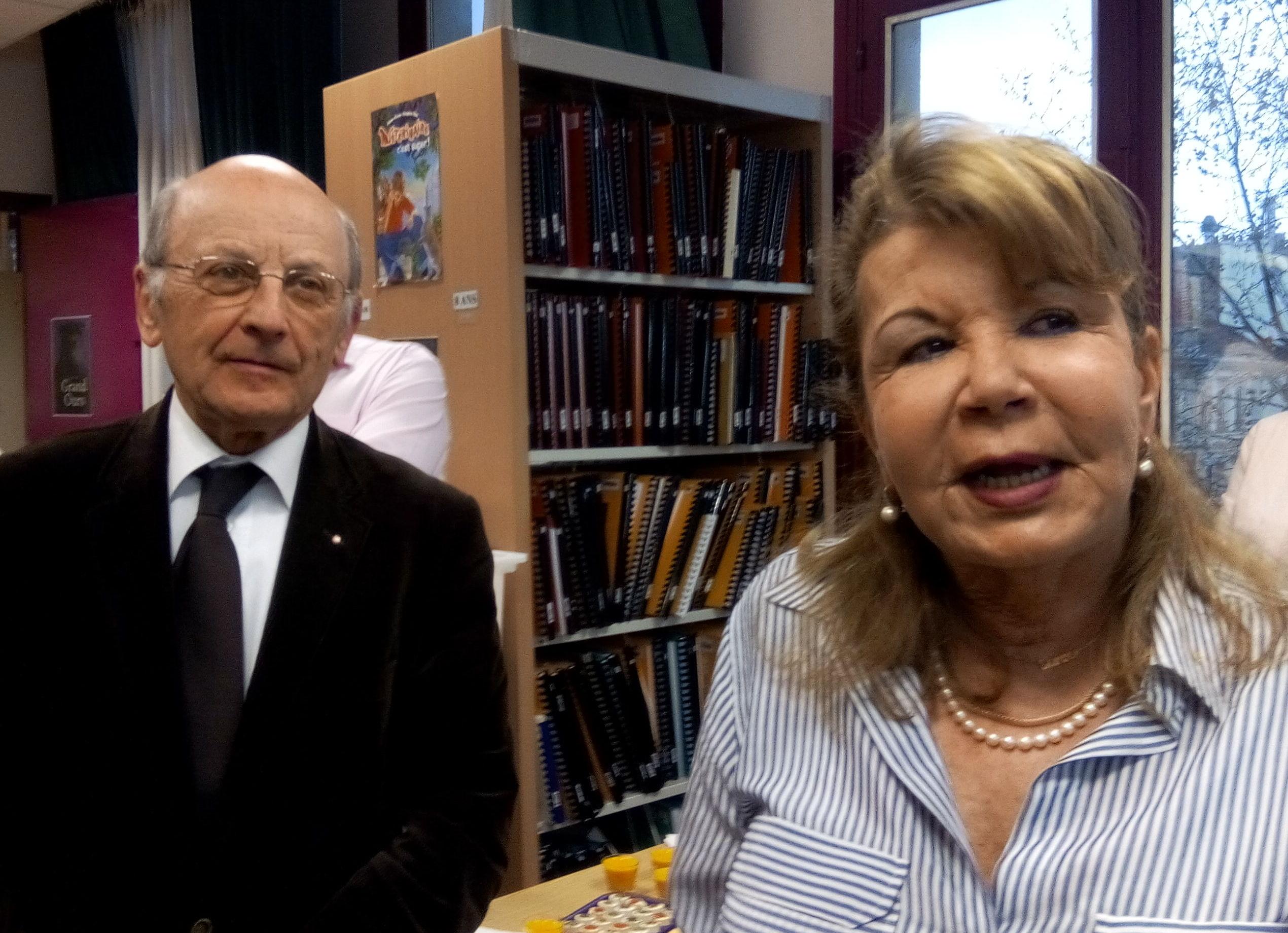 Lissou Nodier et un représentant de la Fondation Lions